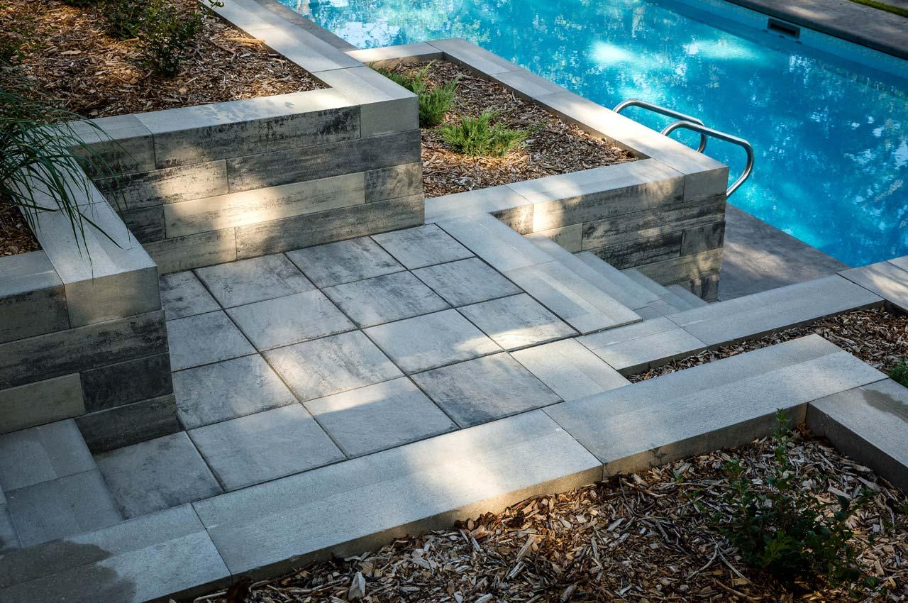 Lexington Slab Path with Architextures Wall