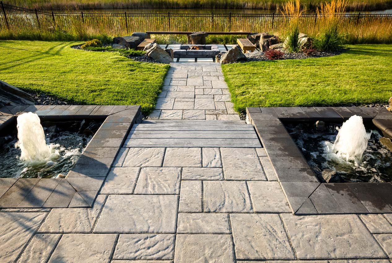 Navarro Paver Path with Bridgewood Step