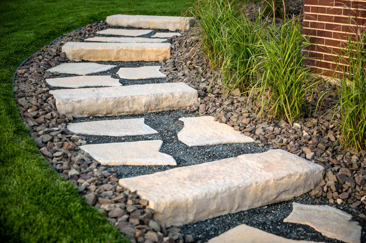 Rosetta Dimensional Step and Grand Flagstone Slab