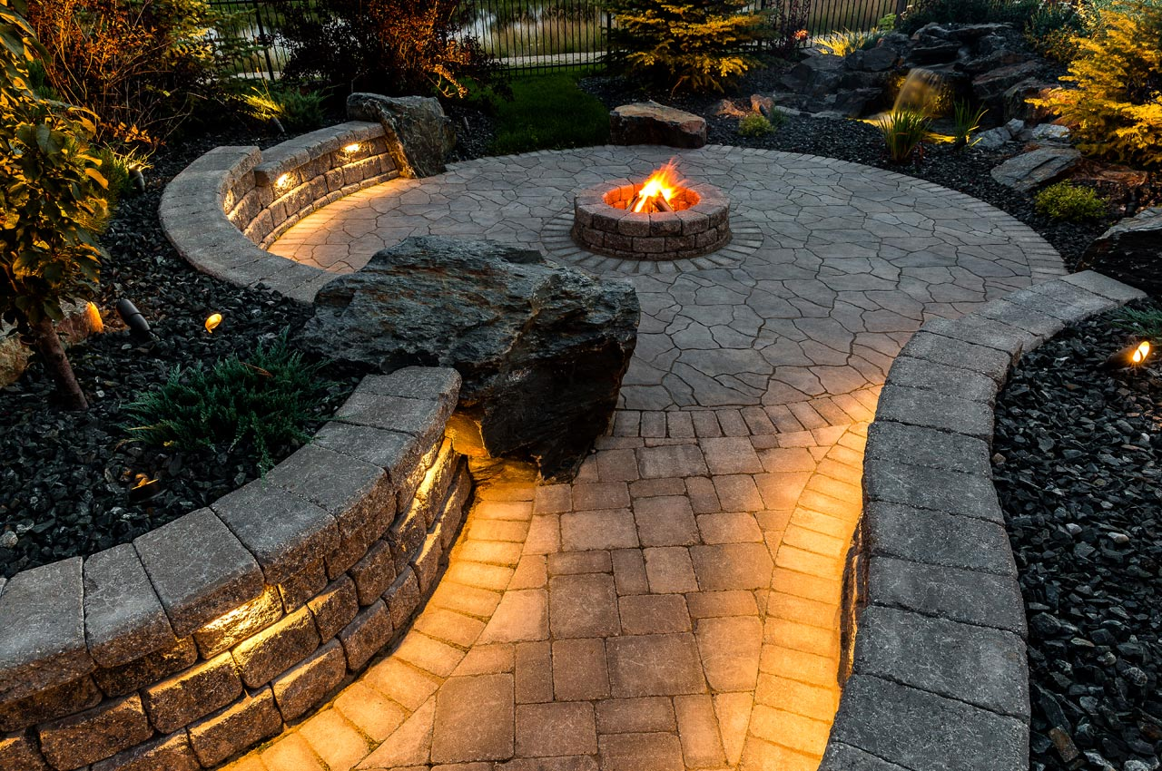 Flagstone Paver Patio with Roman Path and Roman Pisa Walls