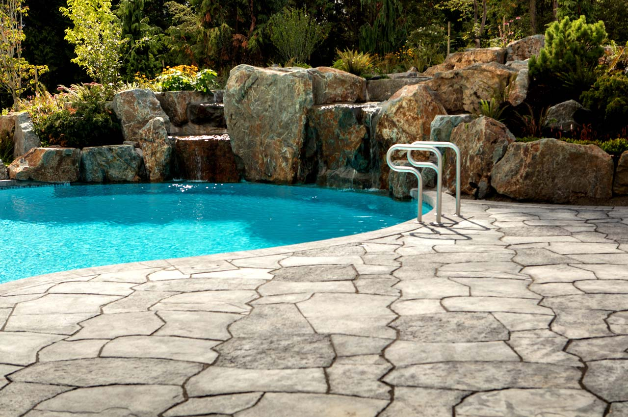 Rosetta Grand Flagstone Slab Pool