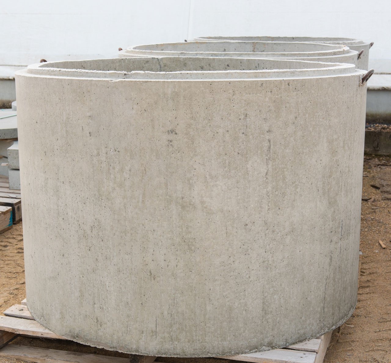 4 foot diameter x 36 inch well cribbing